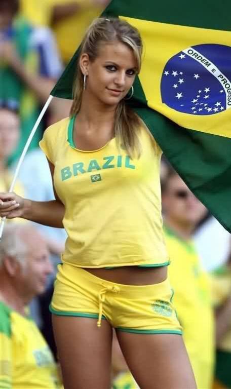 brazil-hot-cheerleader