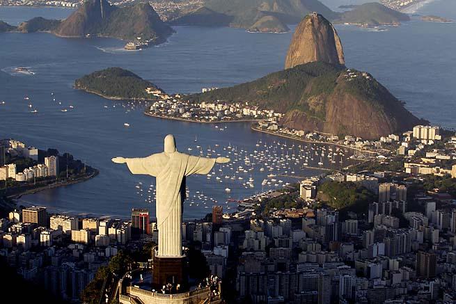 Britain Olympics Lonodn 2012 Jesus Statue